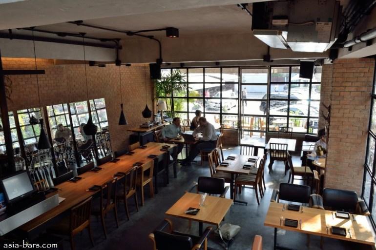 Mellow Restaurant & Bar ซอยทองหล่อ 16  25 - ร้านอาหาร
