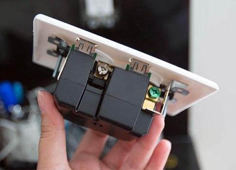 U-SOCKET USB OUTLETS ชาร์จแบบไม่ง้อ adapter 16 - blackberry