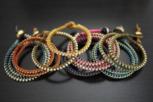 wrap8 525x350 DIY Bracelets สุดฮิต อินเทรนด์!! Part 2