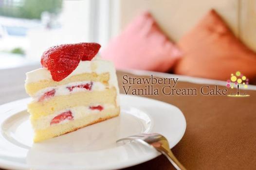 "Lan Cake""ลานเค้ก"" ละลานตาไปกับขนมเค้กน่าทาน ย่านซอย.รามคำแหง 142  17 -"