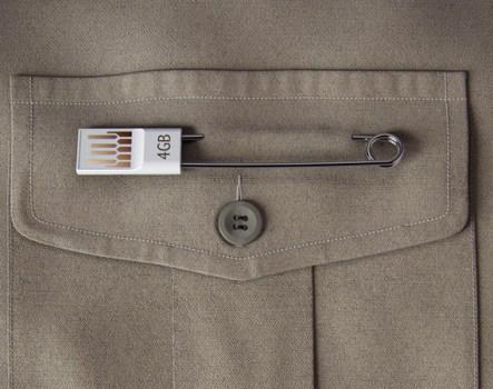 เข็มกลัด USB  3 - Art Lebedev Studio