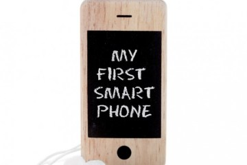 I-Woody first smart phone for kids 2 - Blackboard