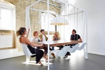 โต๊ะประชุมชิงช้า...เปลียนการประชุมที่น่าเบื่อเป็นกิจกรรมสนุกๆ