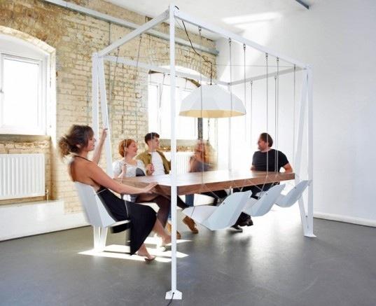 25550913 203257 โต๊ะประชุมชิงช้า...เปลียนการประชุมที่น่าเบื่อเป็นกิจกรรมสนุกๆ