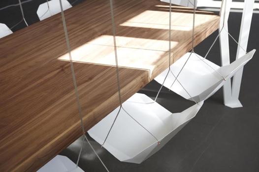 25550913 203317 โต๊ะประชุมชิงช้า...เปลียนการประชุมที่น่าเบื่อเป็นกิจกรรมสนุกๆ