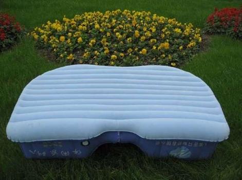 25550925 204212 รถติดแบบนี้...มาเปลี่ยนที่นั่งหลังเป็นเตียงด้วยเบาะลมดีกว่า..
