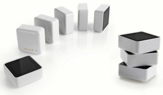 Sifteo 1 A 550x321 ประสบการณ์การเล่นเกมในรูปแบบใหม่ โดยผ่าน Sifteo Cubes