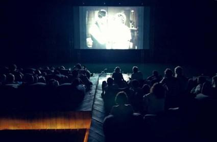Floating cinema โรงหนังลอยน้ำที่เกาะยาวน้อย 8 - cinema