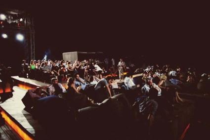 cine09 425x283 Floating cinema โรงหนังลอยน้ำที่เกาะยาวน้อย