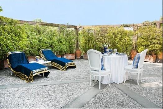 25551012 174902 ชมแมนชั่นหรูของครอบครัว Versace ในมิลาน..ประกาศขาย $63.8 ล้าน..