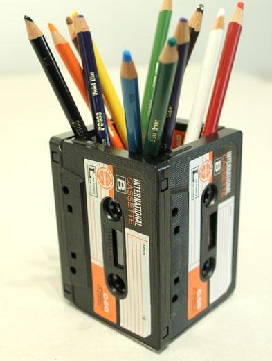 25551013 191434 DIYที่ใส่ดินสอจากเทปคาสเซ็ตเก่า..แนว Retro ที่กำลังเทรนในยุคนี้