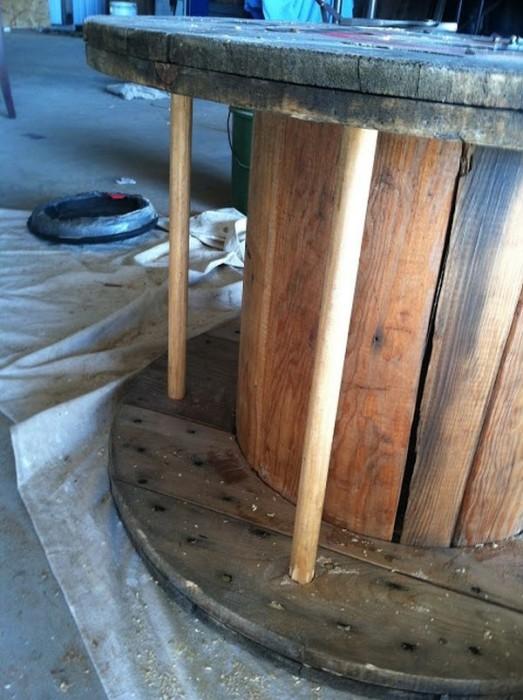25551013 194850 3ไอเดีย DIY ทำโต๊ะใหม่จากของเก่า