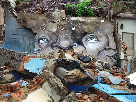 25551020 230459 The Distorted Street Faces of Andre Muniz Gonzaga