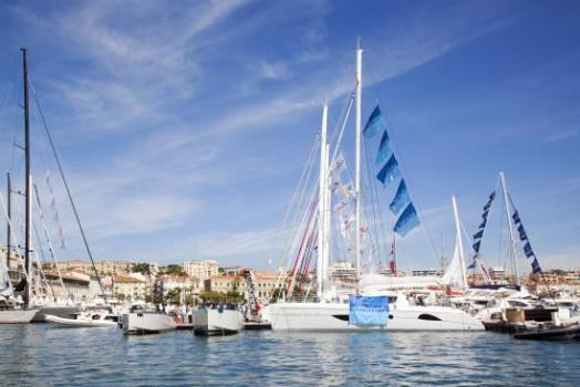 Cannes Boat Show เทสกาลอวดเรือยอชท์ ที่เมืองคานส์ 20 - Cannes Boat Show
