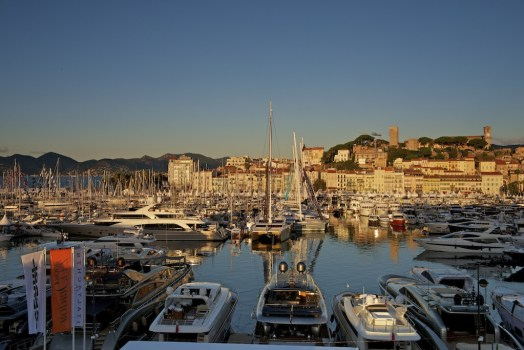 DSC8510 524x350 Cannes Boat Show เทสกาลอวดเรือยอชท์ ที่เมืองคานส์