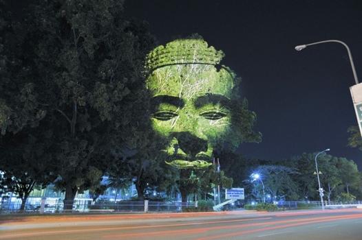 25551126 173626 ภาพประติมากรรมขอมบนต้นไม้..คืนจิตวิญญานและพลังจากธรรมชาติสู่งานประติมากรรมอีกครั้ง