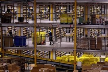 มีอะไรใน Amazons Warehouse 14 - warehouse