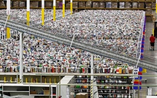 25551130 175155 มีอะไรใน Amazons Warehouse