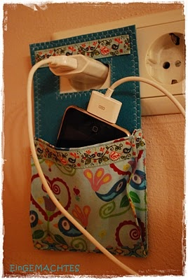 D.I.Y. ที่วางโทรศัพท์เวลาชาร์จ จากขวดโลชั่นไม่ใช้แล้ว 14 - DIY