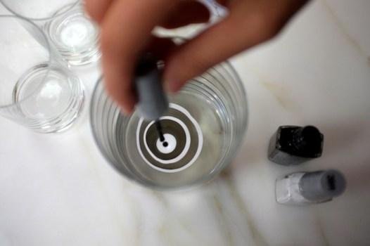 DSCF8119 526x350 DIY: Marbleized + Striped Glassware สร้างสรรค์แก้วลายหินอ่อน สำหรับปาร์ตี้