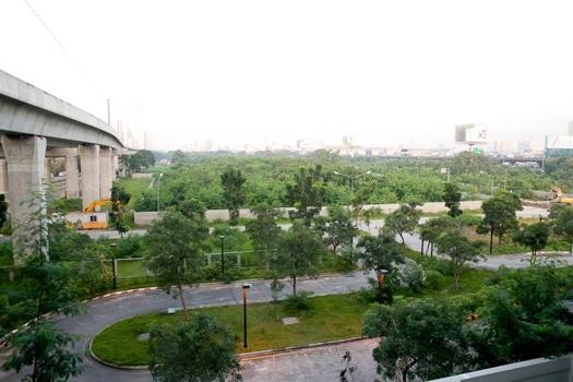 25551214 200000 ที่ดินกว่า 500ไร่ ใจกลางเมือง คนกรุงเทพต้องการอะไร : สวนสาธารณะมักกะสัน หรือ มักกะสันคอมเพล็กซ์