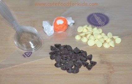 DIY.Chocolate Snowmen For Kids 15 - Chocolate