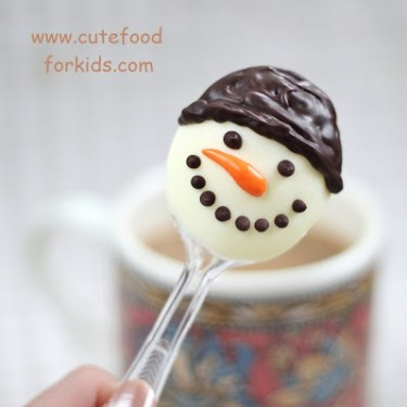 DIY.Chocolate Snowmen For Kids 14 - Chocolate