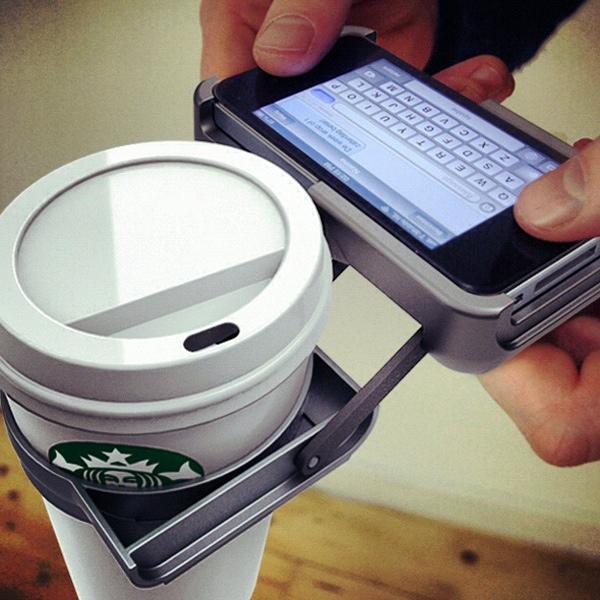 25560128 174421 ที่วางถ้วยกาแฟ บน iPhone..จะกล้าใช้มั๊ยเนี่ย???