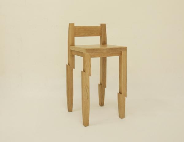25560130 190043 Samurai Chair...เก้าอี้ถูกฟันด้วยดาบซามูไร ..จะนั่งได้มั๊ยเนี่ย??