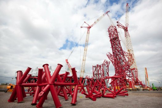 ArcelorMittal Orbit Anish Kapoor 10 526x350 Arcelormittal orbit tower หอคอยแห่งโอลิมปิค Olympic Park กรุงดอนลอน ประเทศอังกฤษ
