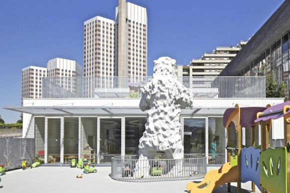 Giraffe-Childcare-Center-by-Hondelatte-Laporte-Architectes-11