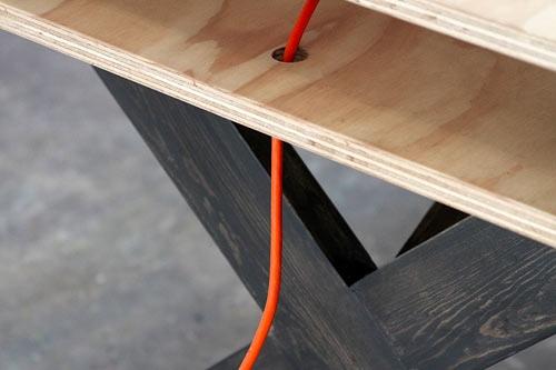 25560218 084036 โต๊ะนี้ไว้ร่วมกันทำงาน..PERFECT FOR COWORKING