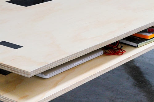 25560218 084041 โต๊ะนี้ไว้ร่วมกันทำงาน..PERFECT FOR COWORKING