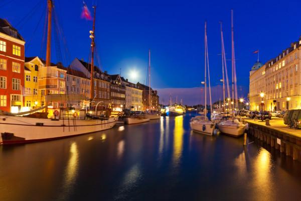 Copenhagen-Night2-e1360259282440