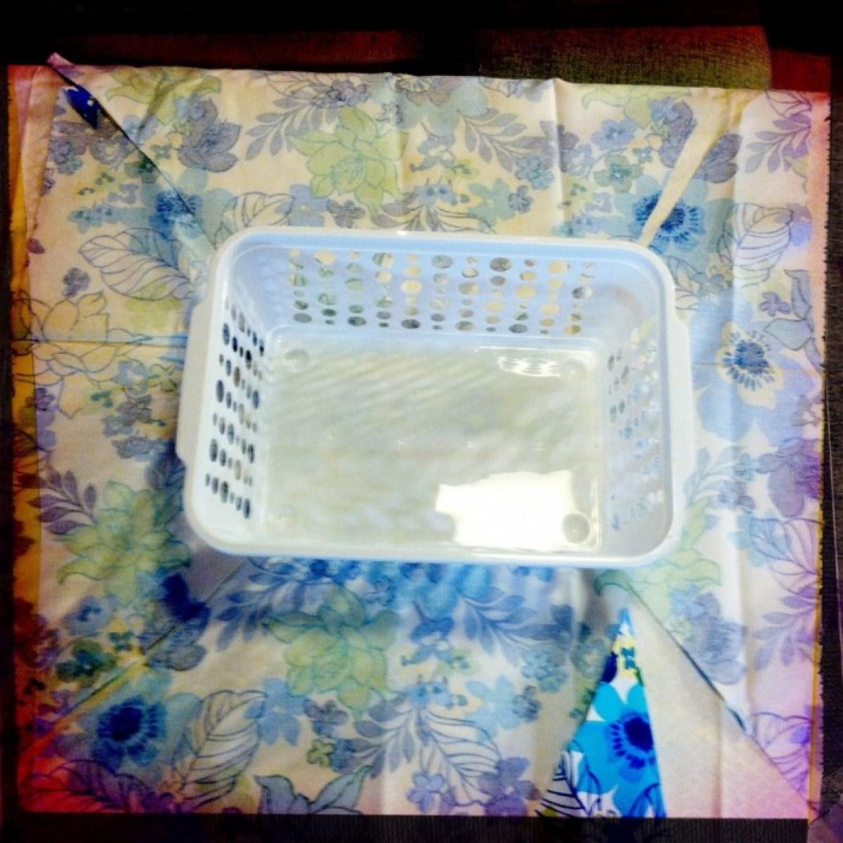 IMG 4044 1 DIY แปลงโฉมตะกร้าพลาสติก เป็นตะกร้าผ้าสุดสวย