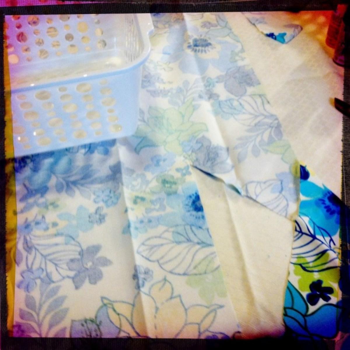 IMG 4047 1 DIY แปลงโฉมตะกร้าพลาสติก เป็นตะกร้าผ้าสุดสวย