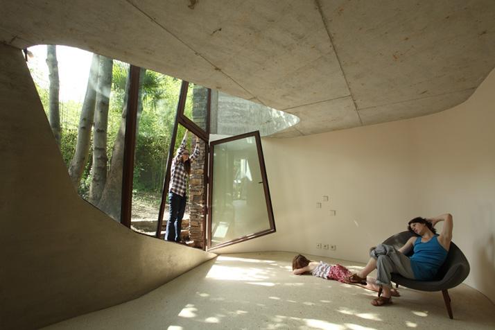Maison L by Christian Pottgiesser บ้านธรรมดาที่ไม่ได้ธรรมดา 23 - Architecture