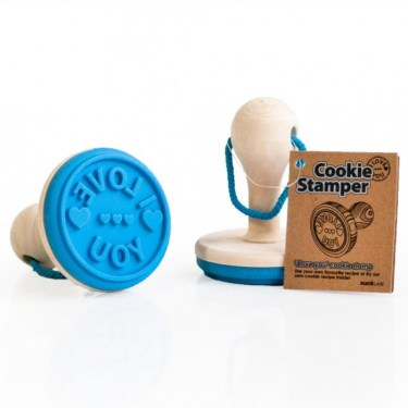 cookiestamp iloveyou 3 375x375 I Love You Cookie Stamper