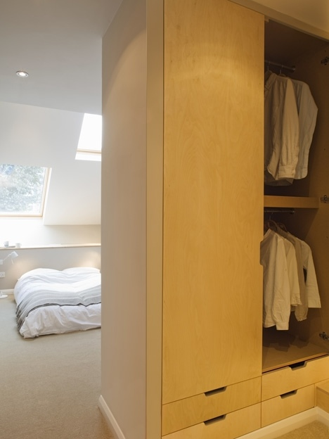 25560301 175820 Slim house..บ้านห้องแถวผอมๆกว้างเพียง 2.3 เมตร แต่ดูดี น่าอยู่อย่างเหลือเชื่อ