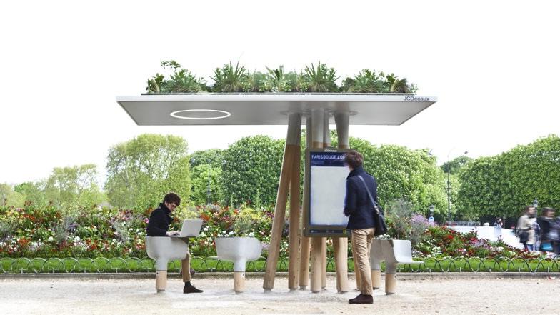 25560320 095001 งานออกแบบ Wi Fi stations ..ในกรุงปารีส สวยงามร่มรื่น น่านั่งยิ่งนัก