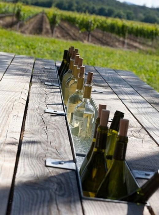 25560405 113838 โต๊ะติดรางน้ำฝน ไว้ใส่น้ำแข็งแช่เครื่องดื่ม ดับร้อน ประหยัดไฟ