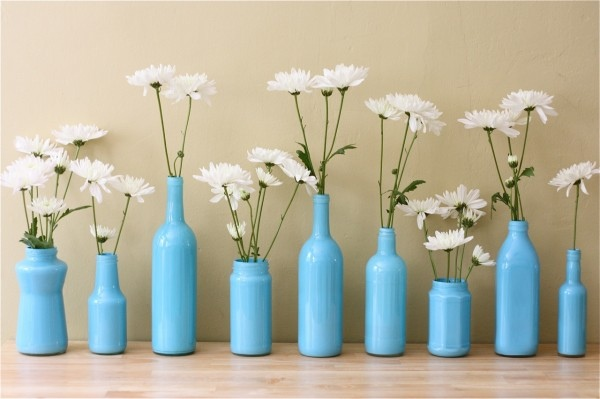 25560412 080545 เพิ่มสีสันด้วยดอกไม้ในแจกันจากขวดเก่า