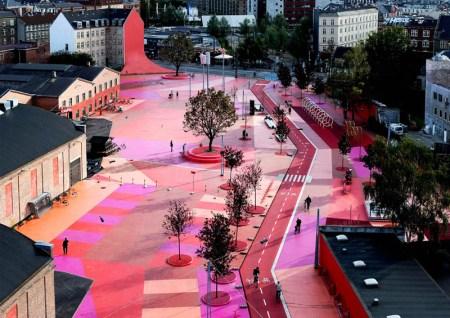 Superkilen BIG.TOPOTEK.SUPERFLEX Image by Iwan Baan. 450x318 Superkilen พื้นที่ที่คนในชุมชนช่วยกันเลือกงานออกแบบมาเติมแต่งสวนสาธารณะ