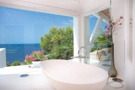 image67 450x299 Mallorca Villa บ้านหรูริมชายฝั่งเมดิเตอร์เรเนียน