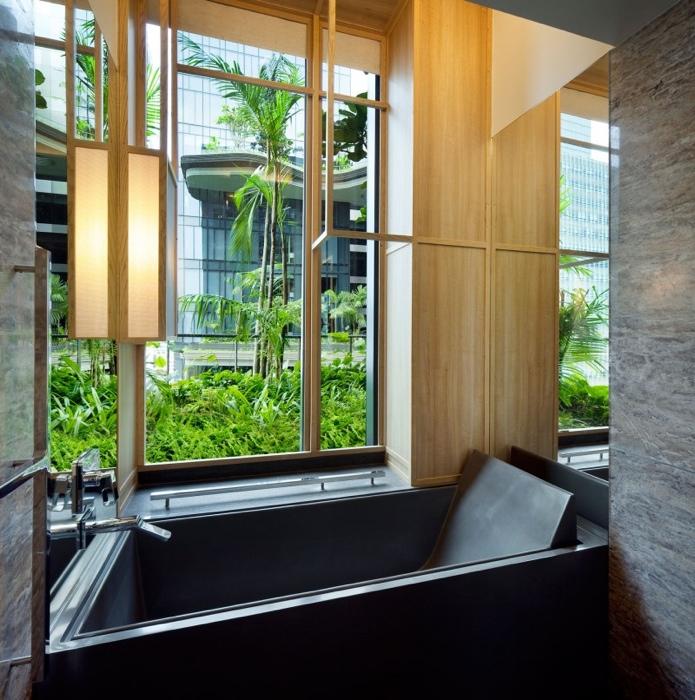 25560523 182630 สวนลอยฟ้า และรูปฟอร์มสวยงาม ที่ PARKROYAL Hotel สิงคโปร์