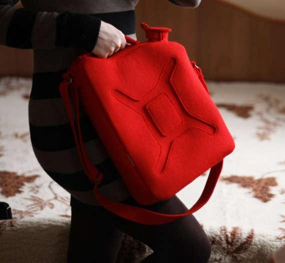 25560525 163405 กระเป๋าสุดแนว...ดูเหมือนทุกอย่างในชีวิตประจำวันยกเว้น...กระเป๋า