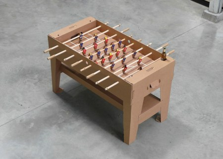 img 1 1368442071 4fff9743dd774a91db78de23bf7c8462 450x321 Foosball table from cardboard