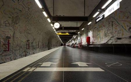 111 450x282 world's longest art exhibition @สต็อกโฮล์ม สถานีรถไฟใต้ดินที่ได้ชื่อว่า เป็นแกลเลอรี่ศิลปะที่ยาวที่สุดในโลก