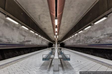 13 450x300 world's longest art exhibition @สต็อกโฮล์ม สถานีรถไฟใต้ดินที่ได้ชื่อว่า เป็นแกลเลอรี่ศิลปะที่ยาวที่สุดในโลก