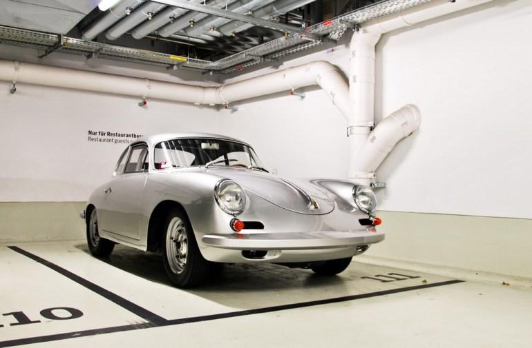 Porsche Museum พิพิธภัณฑ์ของรถพอร์ช ประเทศเยอรมนี 12 - Car